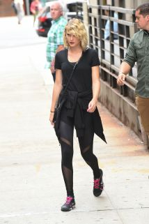 taylor-swift-leaves-a-gym-in-new-york-09-07-2016_20
