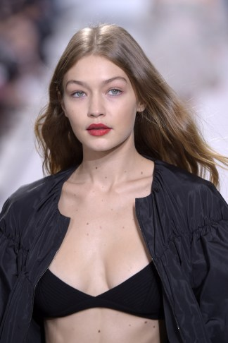 Mandatory Credit: Photo by Giovanni Giannoni/WWD/REX/Shutterstock (6063363c) Gigi Hadid on the catwalk Giambattista Valli show, Runway, Spring Summer 2017, Paris Fashion Week, France - 03 Oct 2016