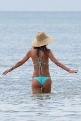 alessandra-ambrosio-sexy-thefappening-so-35-2