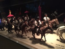 Clay models of a procession that would've occurred in the Goguryeo Era