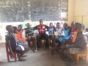 Young Peacebuilders - Projects - Young Peacebuilders Clubs in Western Uganda
