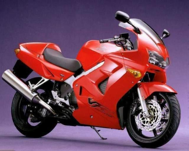 Honda-VFR800-98-7