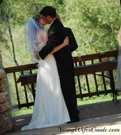 10-Myths-About-Getting-Married-Young