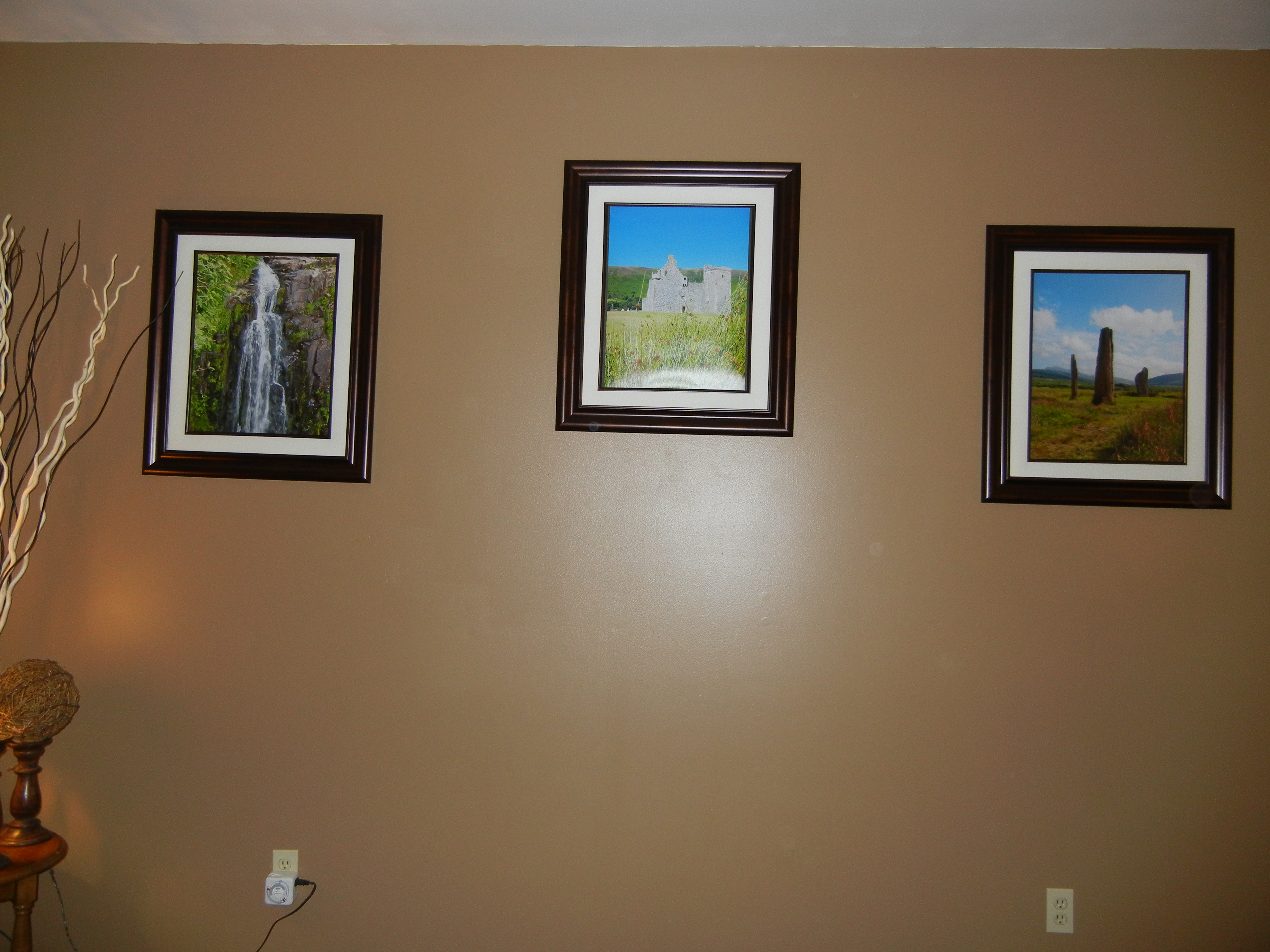 family room accent wall