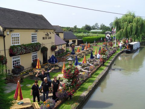Top 10 waterside pubs