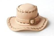革のぷち帽子手作りキット(栃木レザー)2