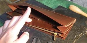 ポケット類の縫い上がり(オーダーメイドの長財布)