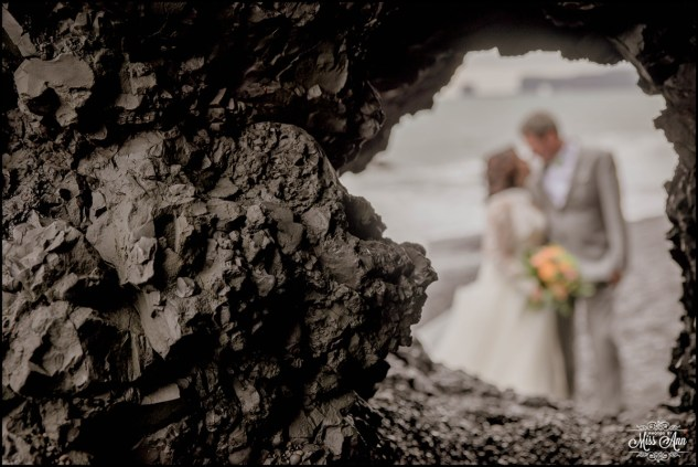 iceland-adventure-wedding-photographer-and-planner-yaw