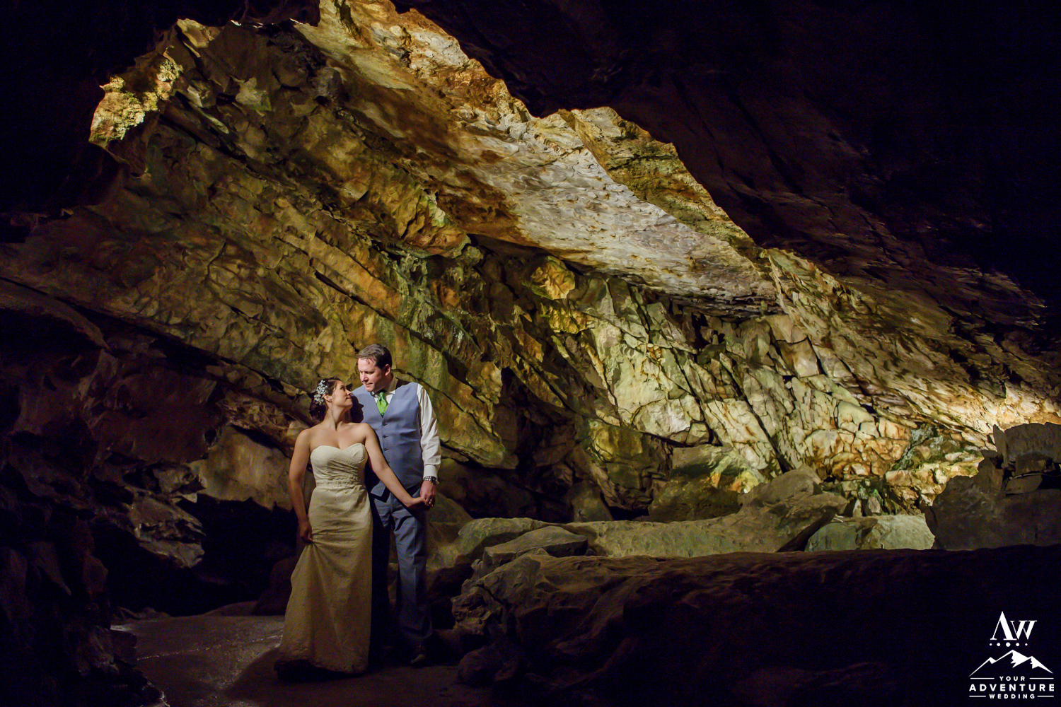 st beatus caves switzerland wedding photos