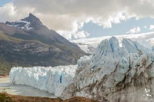 'Patagonian elopement at a glacier