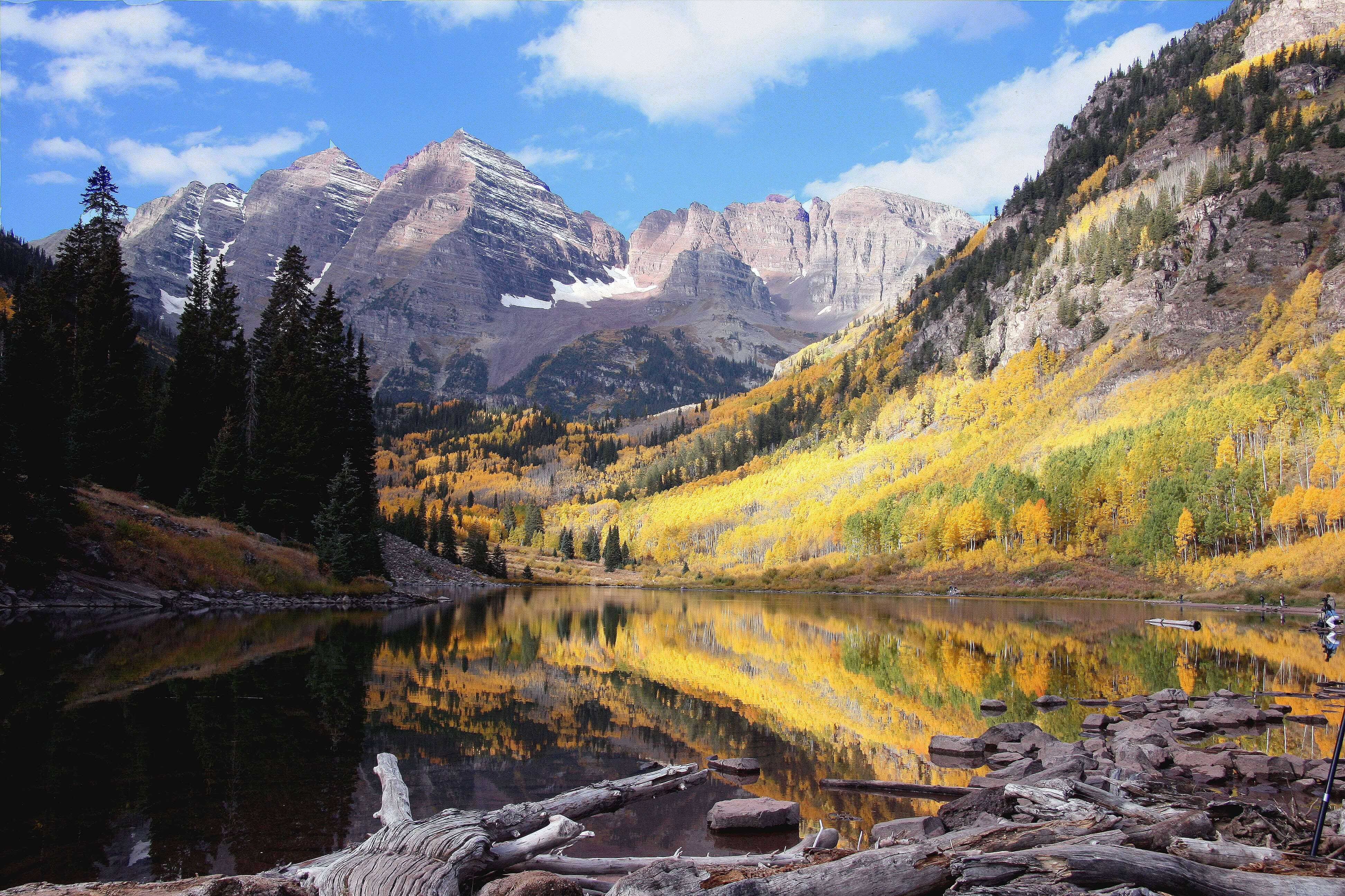 Maroon Bells Lake Wedding Location outside of Aspen