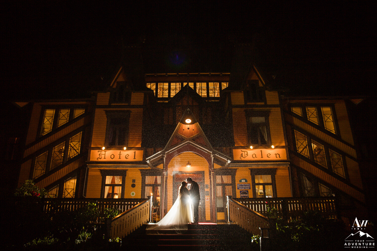 The Dalen Hotel Nighttime Wedding Photo