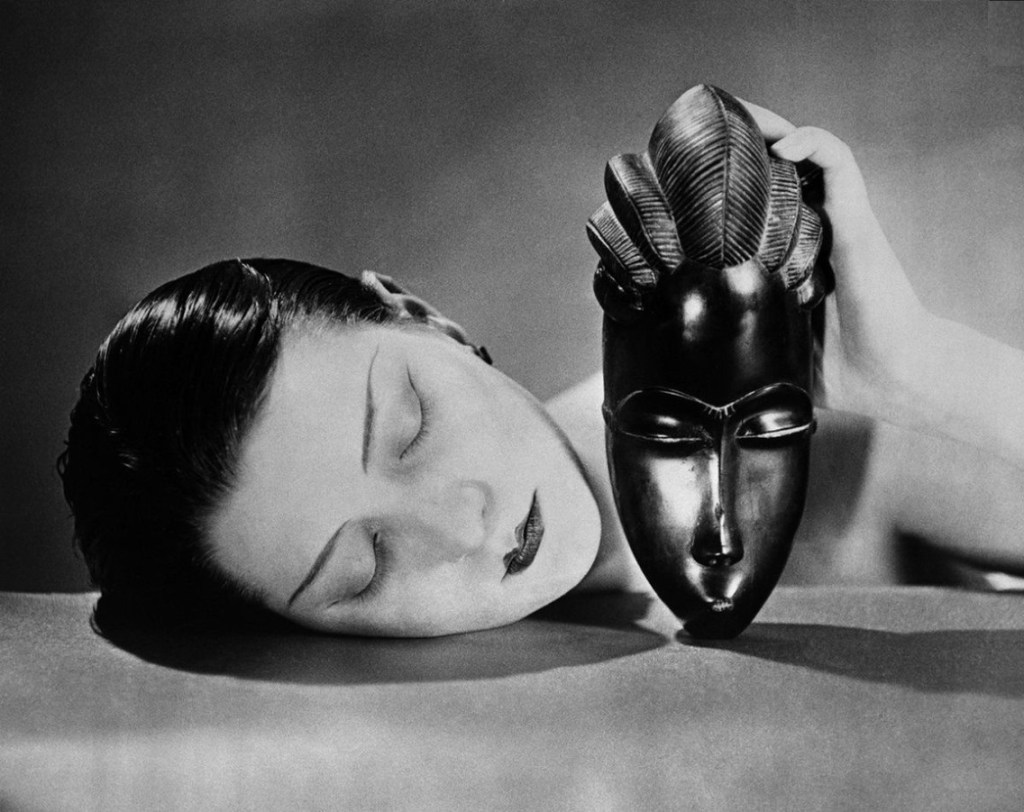 "Man Ray: ""Noire et Blanche"", 1926, Photographic reproduction © Man Ray Trust / ADAGP, BI, Paris 2010. size 24 x 33 cm"
