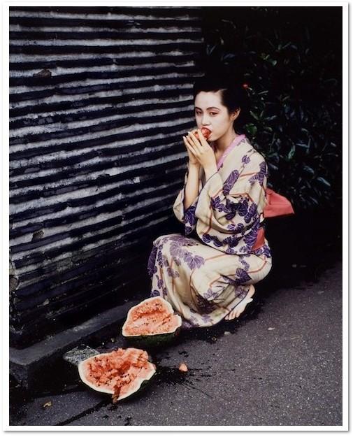Nobuyoshi Araki: 'Ohne Titel', 1991, C-Print, signed numbered, edition 0f 17, size: 41 x 34 cm.