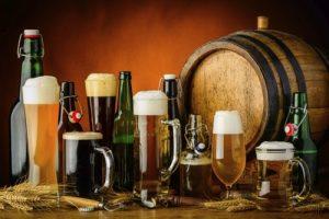 Verschillende soorten bier proeven