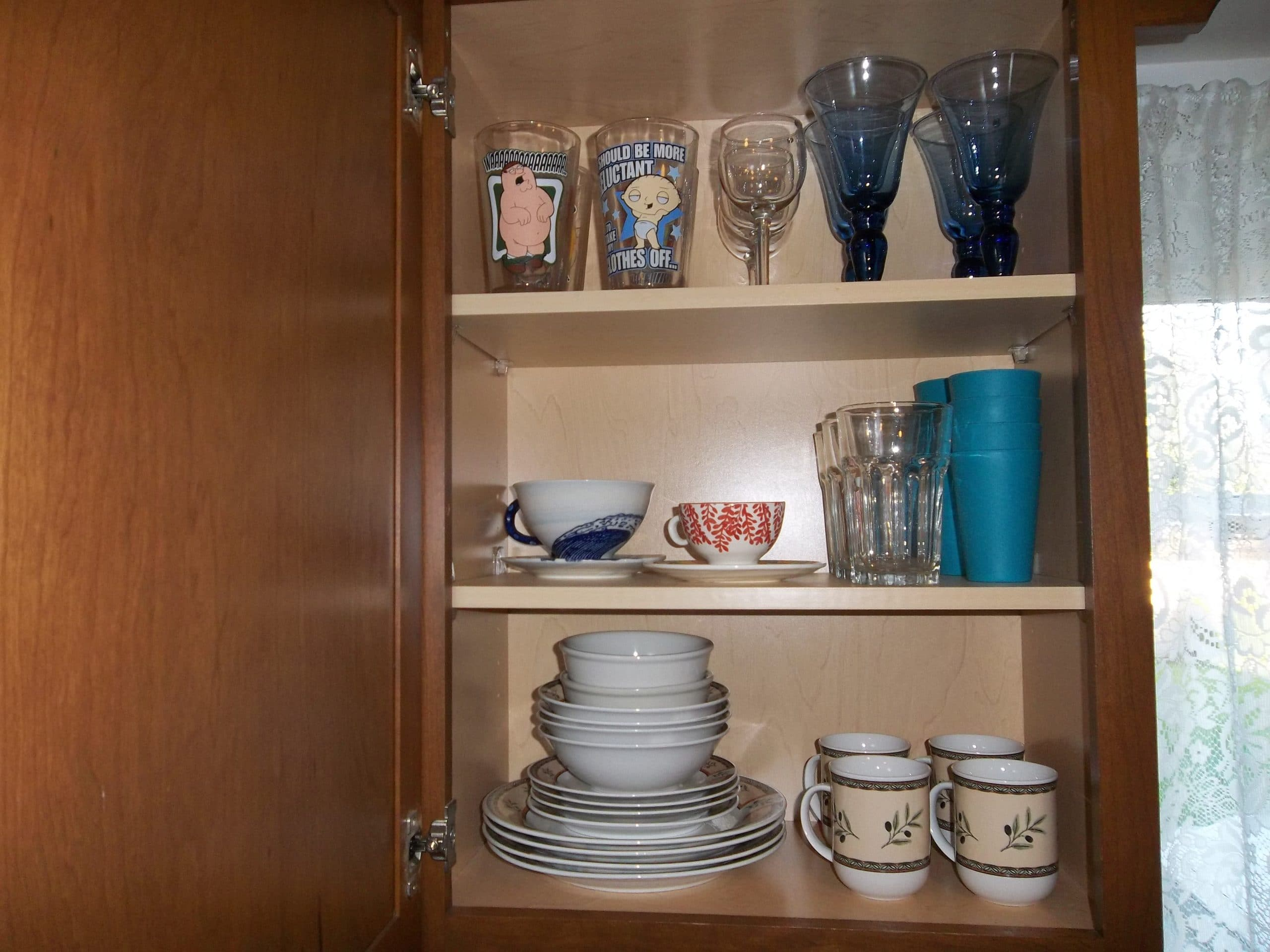 how to organize your kitchen cabinets and drawers moen motionsense faucet we got rid of 99 dishes