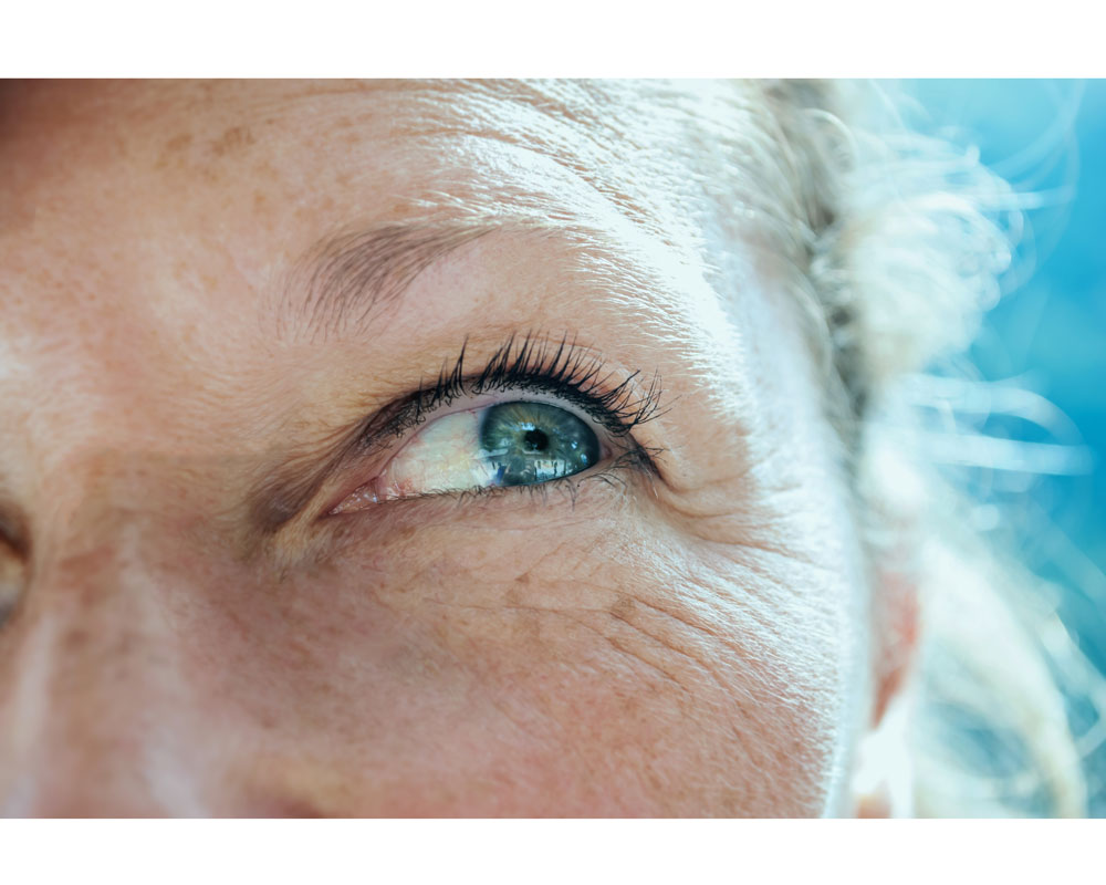 Get Younger-Looking Eyes with These 3 Tricks