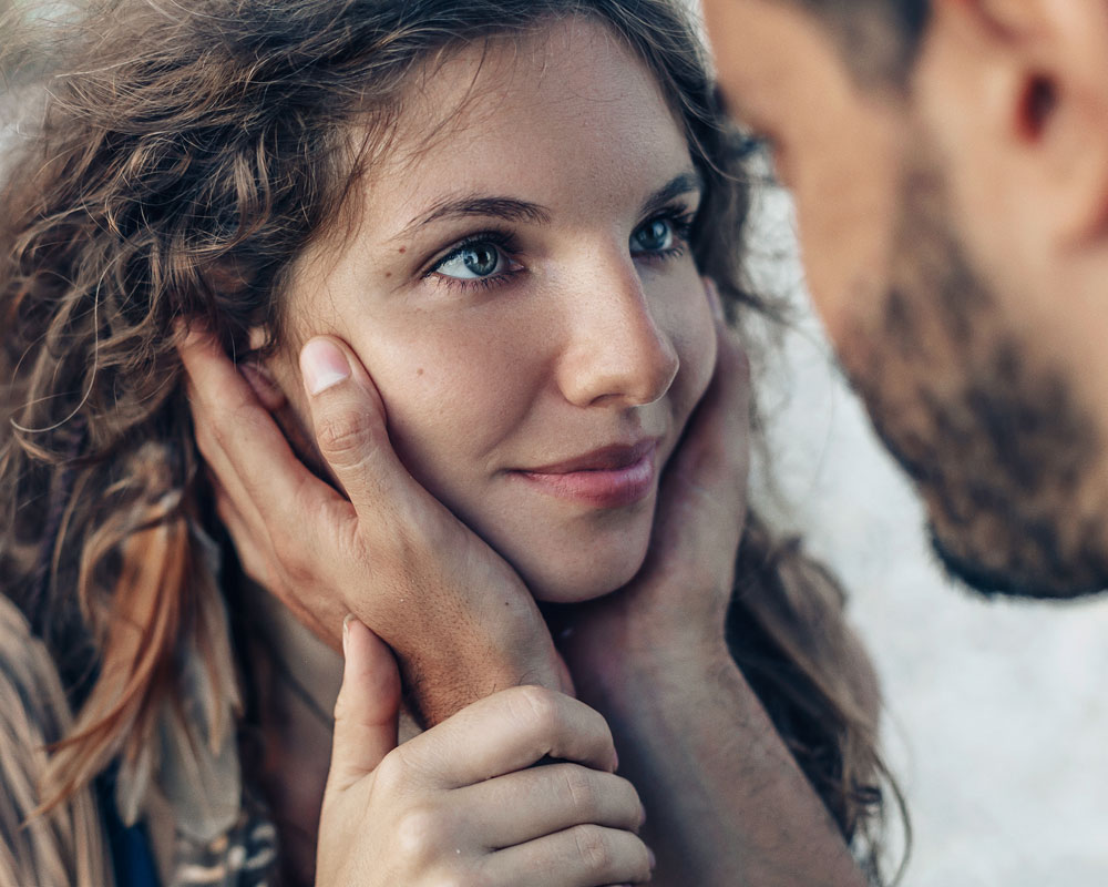 Everything You Need to Know about The Power of Eye Contact