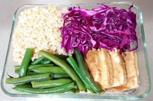 Garlicky Green Beans, Peanut Tofu, Rice and Red Cabbage Slaw
