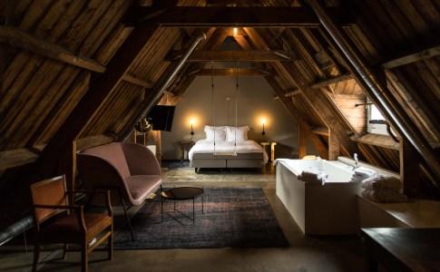 bed lloyd1