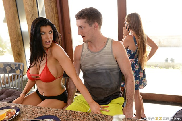Romi Rain - Lost On Vacation San Diego Part Two