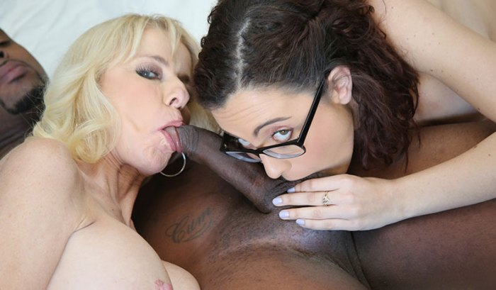 cammille-roxanne-rae-in-watching-my-mom-go-black