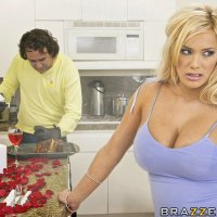 Shyla Stylez - C'mon Baby Light my Fire
