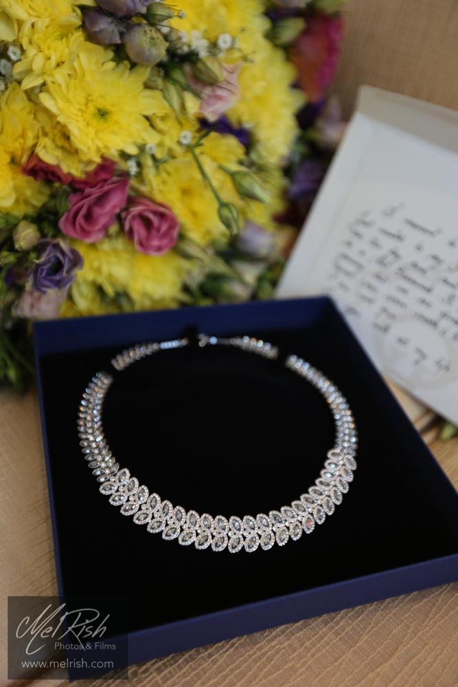 present surprise wedding dubai