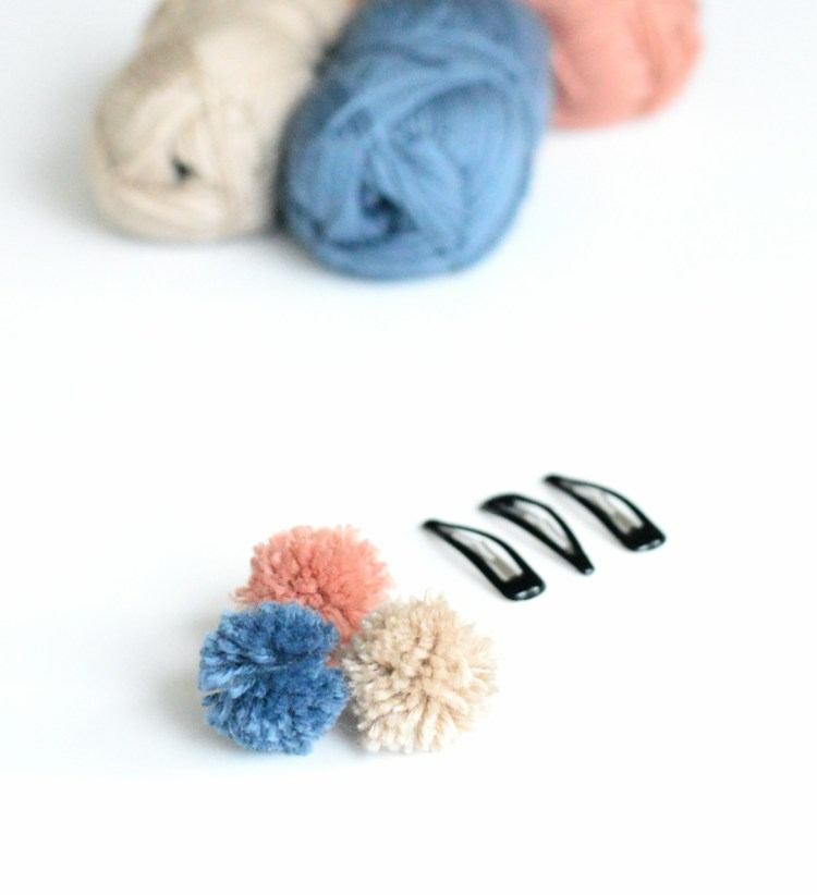 how to make pom pom hair clips