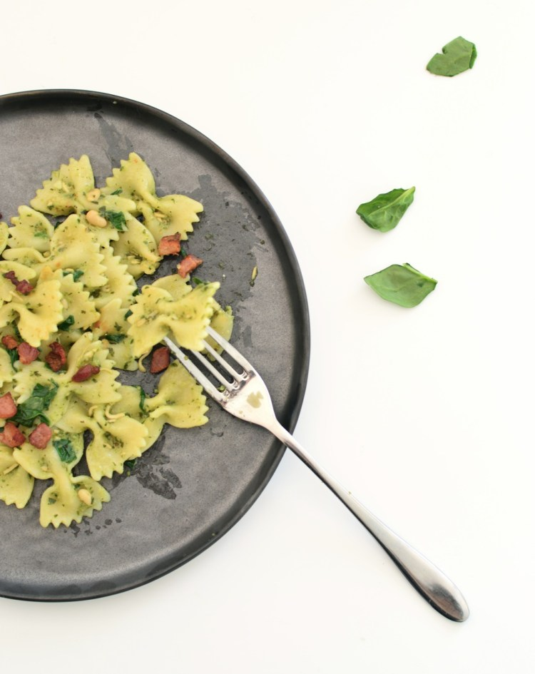 pasta with pesto spinach and pancetta recipe