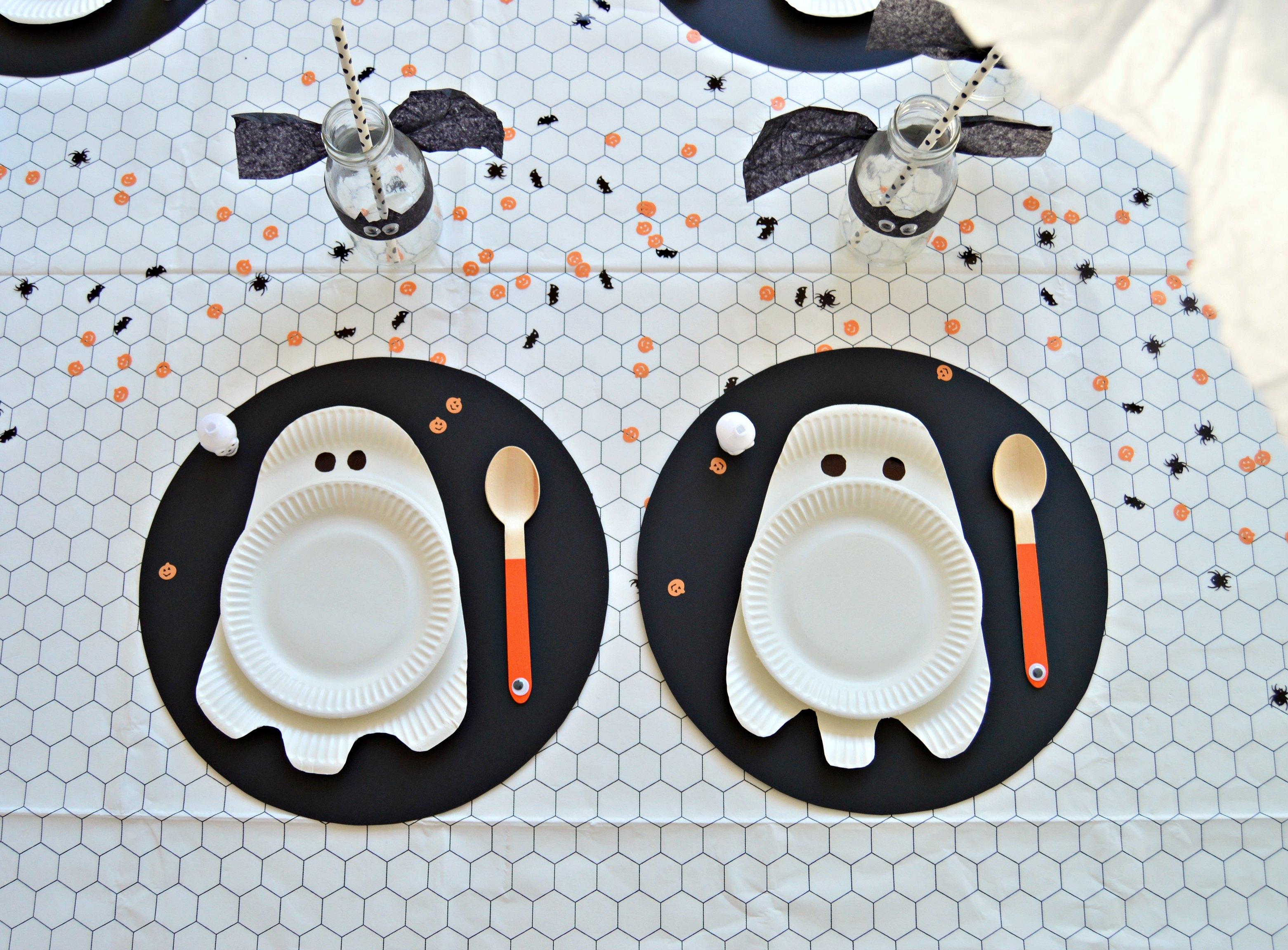 Create a bootiful DIY Halloween table - DIY home decor ...