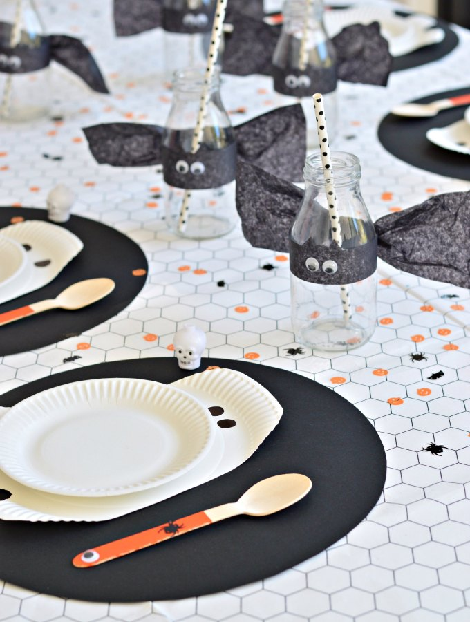 Create a bootiful DIY Halloween table