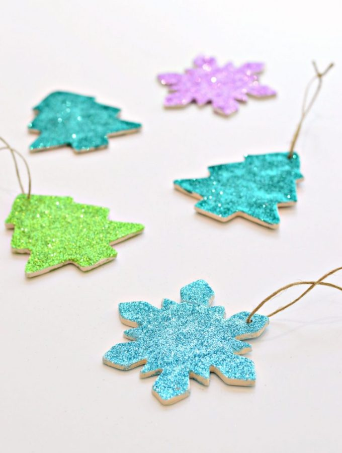 DIY clay and glitter Christmas ornaments (with video)