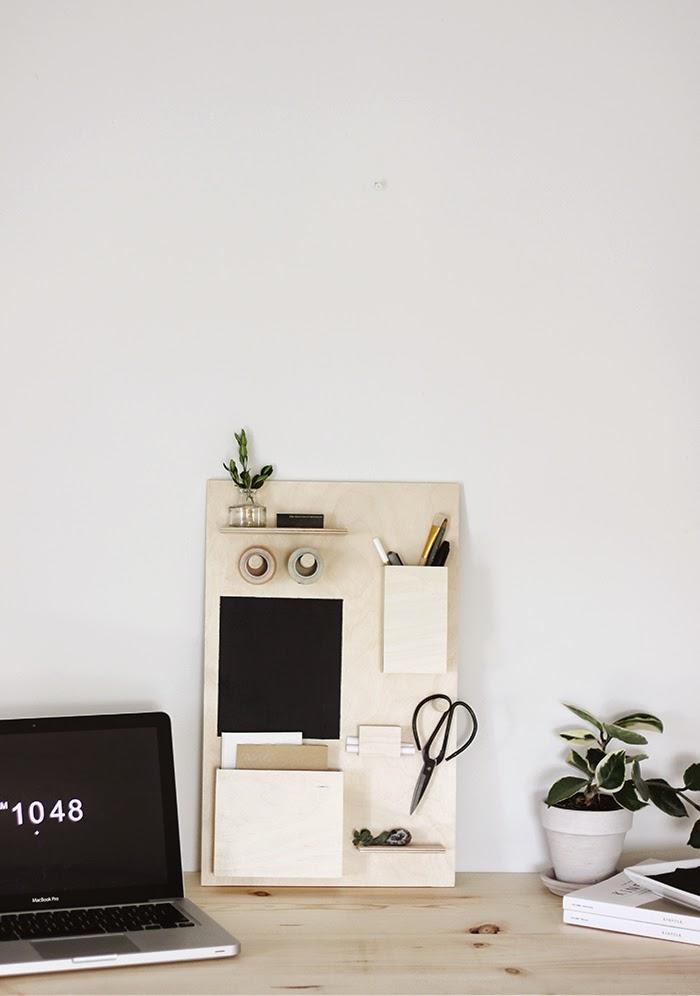 8 diy desk organization ideas for a small home office for Diy desk organizer ideas