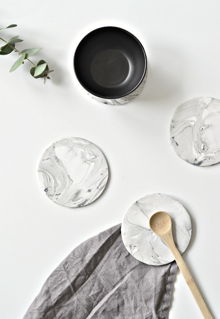 faux marble coasters diy