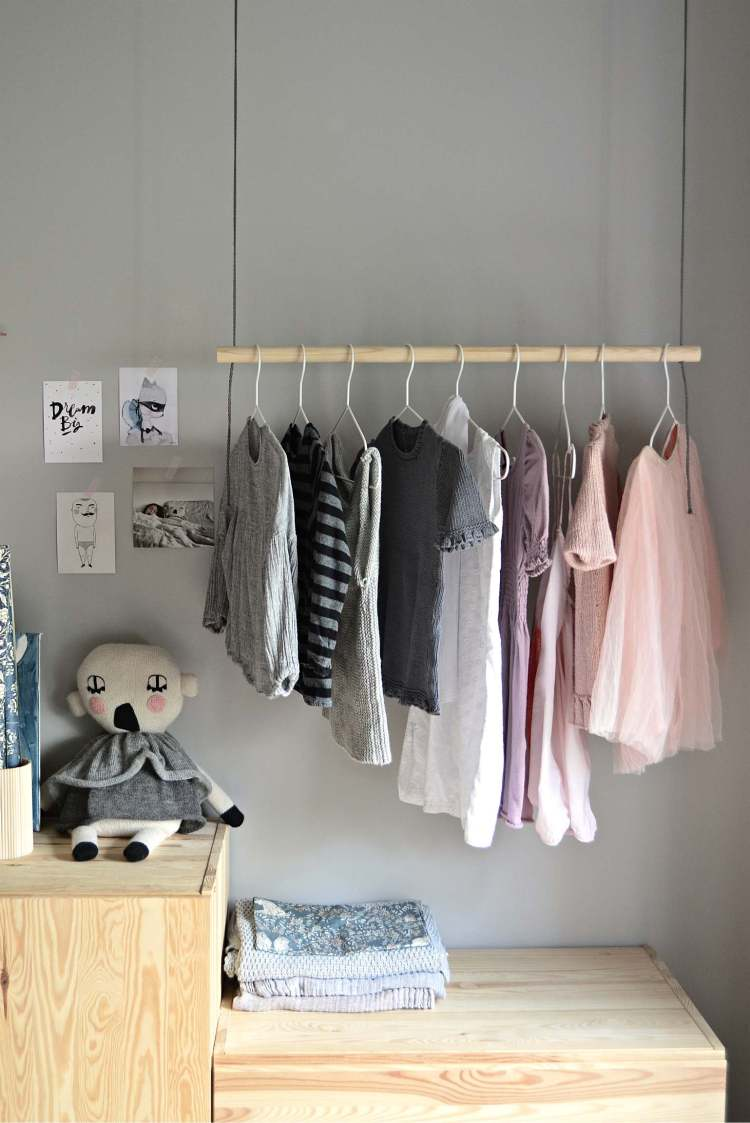 DIY hanging clothes rack