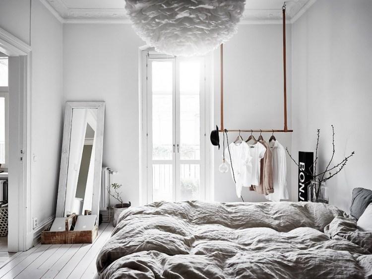 how to declutter bedroom