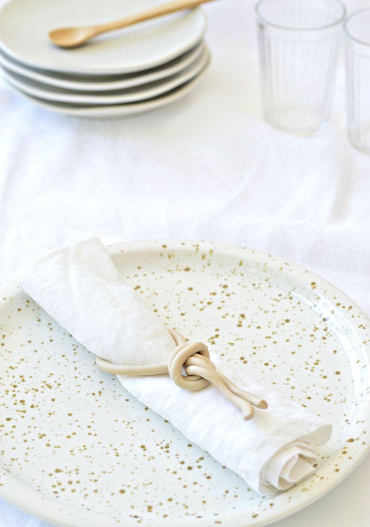 DIY napkin rings clay