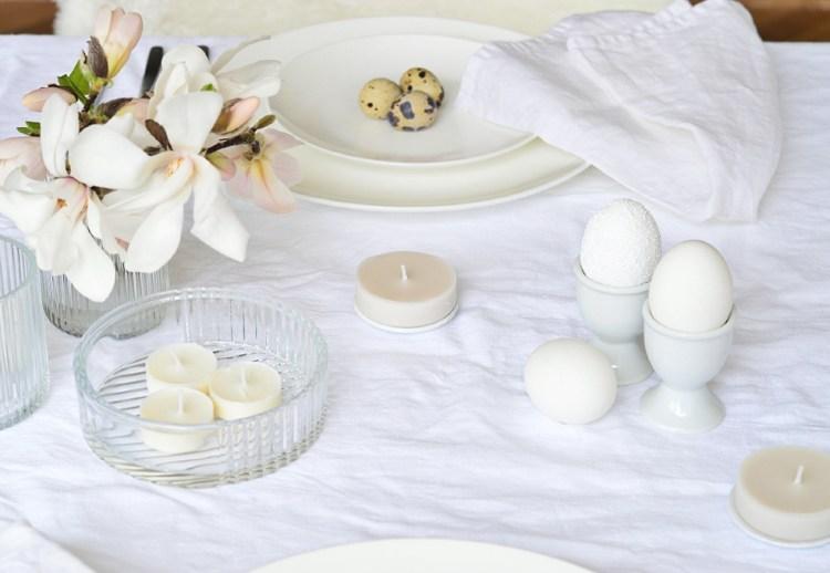 white table decor for spring