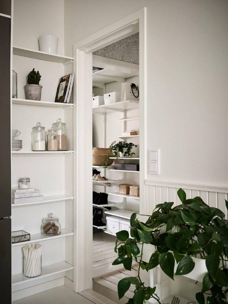 narrow shelves for small kitchen