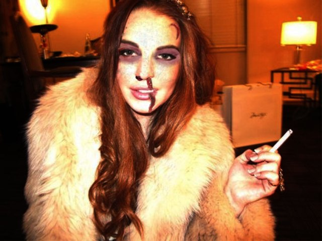 Entire 'Beach Club' Episode is Lindsay Lohan Getting Smacked in the Face