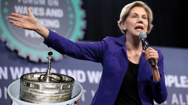 Elizabeth Warren Says She Keeps a Beer Keg as a Pet in Her Massachusetts Home