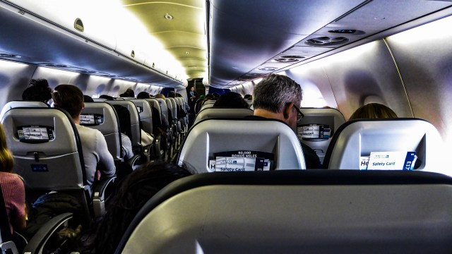 5 things you should never do with your penis on an airplane in 2020