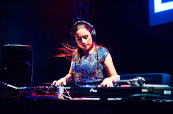 female dj for hire london