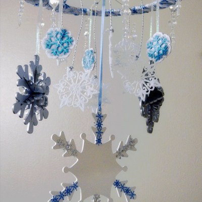DIY Frozen Inspired Mobile