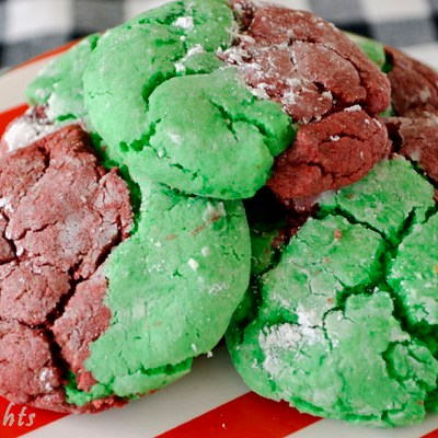 Easy Christmas Crinkle Cookies