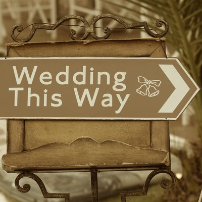 Wedding this way sign sepia - Your Fabulous Wedding