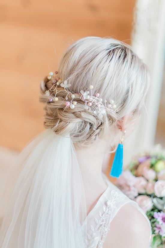 Pastel Pearlescent Hair Vine