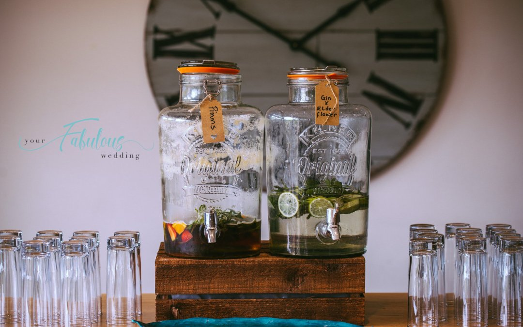 How To Set Up A DIY Bar At Your Wedding