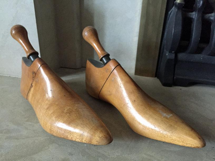 Wooden lasts